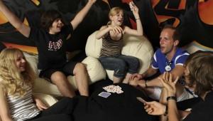 ROBINSON Club Arosa tolle Gesellschafts- und Kartenspiele am Abend