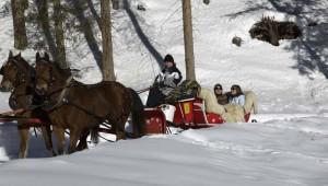 ROBINSON Club Arosa Kutschfahrt im Winter mit Pferden in den Bergen