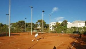 CLUB MAGIC LIFE Africana Imperial Tennisplatz für Anfänger und Fortgeschrittene