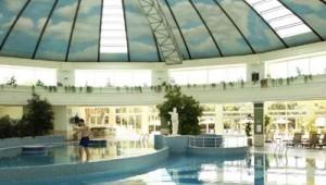 ROBINSON Club Nobilis großes beheiztes Hallenbad für Groß und Klein