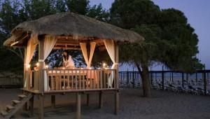 ROBINSON Club Pamfilya Massage unter freiem Himmel direkt am Strand