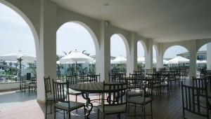 ROBINSON Club Playa Granada Restaurant mit Ausblick auf das Meer und den Garten
