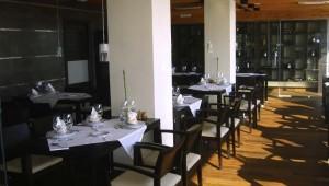 ROBINSON Club Playa Granada Restaurant mit Blick auf die Gartenanlage