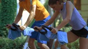 ROBINSON Club Camyuva Groupfitness auf dem Fahrradtrainer und Coach