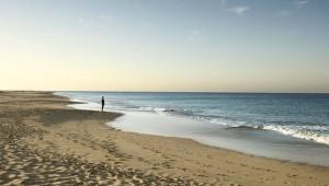 ROBINSON Club Jandia Playa wunderschöner Sandstrand mit Sonnenuntergang