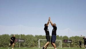 ROBINSON Club Quinta da Ria Fussball spielen auf dem Sportplatz