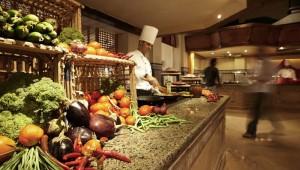 ROBINSON Club Soma Bay üppiges Buffet mit Show - Cooking von den Köchen