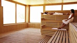 ROBINSON Club Soma Bay Sauna im WellFit Bereich mit Ausblick auf den Garten