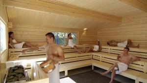 ROBINSON Club Apulia Sauna im WellFit Bereich mit Ausblick auf den Garten