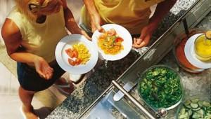 ROBINSON Club Cala Serena Buffet mit vielfältigem kulinarischen Angebot