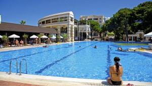 CLUB MAGIC LIFE Belek Imperial großer Pool zum entspannen und Bahnen ziehen
