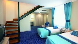 CLUB MAGIC LIFE Belek Imperial komfortable Suite mit zweit Etagen und Meerblick