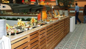 CLUB MAGIC LIFE Sarigerme Imperial großes Buffet mit leckeren Speisen