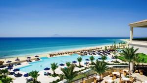 GRECOTEL Olympia Riviera Thalasso Überblick über den Pool und das Meer