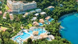 GRECOTEL Eva Palace Überblick über das Hotel und die Bucht