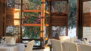 GRECOTEL Corfu Imperial Aristos Restaurant mit köstlichen Speisen