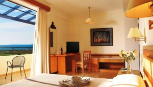 GRECOTEL Royal Park Doppelzimmer mit Balkon und direktem Meerblick