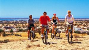 CLUB CALIMERA Yati Beach Fahrradtour in die Umgebung mit den Mountainbikes