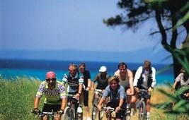 GRECOTEL Pella Beach Fahrradverleih für Touren in die Umgebung mit Guide
