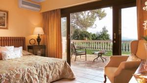 GRECOTEL Corfu Imperial Familien Maisonette mit Terrasse und Meerblick