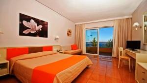 FUN CLUB Kipriotis Panorama Aqualand Familienzimmer mit Balkon und Meerblick