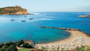 GRECOTEL Cape Sounio Hotelstrand mit kleiner Bucht und Poseidon Tempel