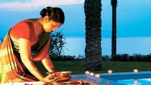 GRECOTEL Creta Palace wohltuende indische Massage mit Ausblick auf das Meer
