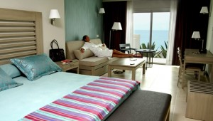 FUN CLUB HD Beach Resort Juniorsuite mit Terrasse und direktem Meerblick