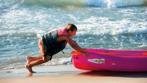 GRECOTEL Royal Park Kanu fahren auf dem Mittelmeer direkt am Strand