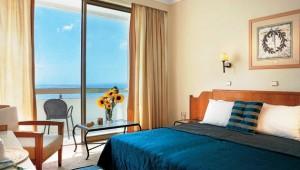 GRECOTEL Rhodos Royal Doppelzimmer mit Balkon und direktem Meerblick