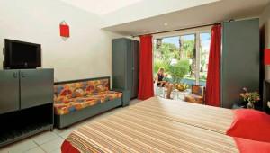 CLUB CALIMERA Rosa Rivage Doppelzimmer mit Terrasse und Gartenblick