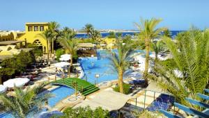 FUN CLUB Makadi Überblick über den Pool und die traumhafte Gartenanlage