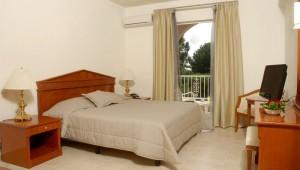 FUN CLUB Aquis Sandy Beach Resort Doppelzimmer mit Balkon und Meerblick