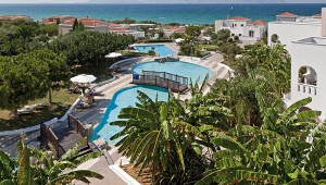 CLUB MAGIC LIFE Marmari Palace Imperial große Palmenanlage direkt am Pool