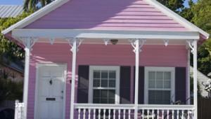 Florida Rundreise Bunte Häuser sind in Key West typisch und verbreiten karibisches Flair
