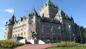 USA Rundreise Ostküste Château Frontenac ist ein Hotel über den Dächern Quebecs