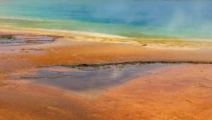 USA Reise Westküste Eine der vielen Quellen im wunderschönen Yellowstone Nationalpark