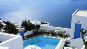 Inselhopping Griechenland toller Ausblick auf das Meer Remezzo Villas Santorini