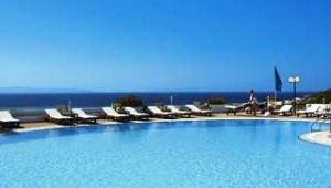 Inselhopping Griechenland Pool mit tollem Meerblick im Hotel Lianos Village Naxos