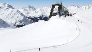 ROBINSON Club Alpenrose Zürs Skilift in der Nähe der Alpen