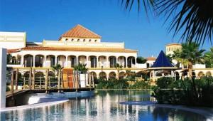 ALDIANA Andalusien Doppelzimmer mit Balkon und tollem Blick auf den Pool