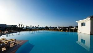 ALDIANA Tunesien toller Ausblick von dem größzügigem Pool auf das Meer
