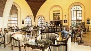 CLUB CALIMERA Akassia Swiss Resort Lobby mit Sitzgelegenheiten und Rezeption