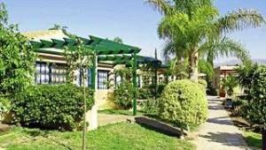 CLUB CALIMERA Esplendido Die einzelnen Bungalows sind vom Garten umrahmt