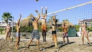 CLUB CALIMERA Kaya Side Spielen Sie gemeinsam mit anderen Gästen Beachvolleyball