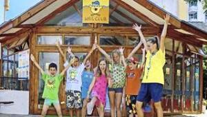 CLUB CALIMERA Sunny Beach Kinderanimation im Kids Club mit lustigen Spielen