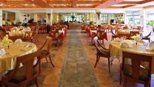 CLUB CALIMERA Sunny Beach Restaurant mit vielen leckeren Speisen