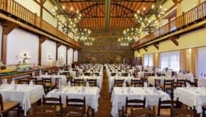 FUN CLUB Isabel Das Hauptrestaurant bietet viele leckere frische Gerichte an