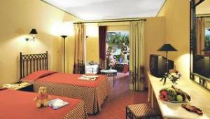 FUN CLUB Makadi Doppelzimmer mit Terrasse und tollem Ausblick in den Garten