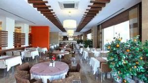 FUN CLUB Seher Sun Palace Resort & Spa Restaurant mit vielen leckeren Speisen